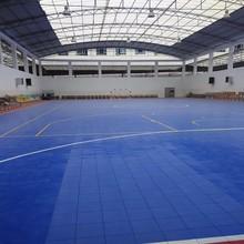 Indoor interlocking floor mat for sport hall