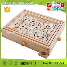 Impresión personalizada de juguetes educativos laberinto de madera del juego