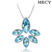 MECY LIFE High End Beautiful Flower Shaped Imported Austria Crystal Necklace