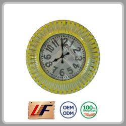 Factory Price 2015 Top Sale Decoration 2015 New Design Colorful Metal Table Clock