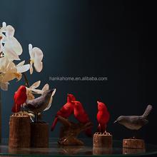 High Quality Spring Red Resin Heartful Bird Figurine Fuzhou Home Decor