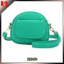 The trendy sling bag the ladies leather sling bag the cool bags for girls