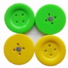 Wholesaler button fridge magnet for promotion,resin fridge magnet ,custom souvenir fridge magnet for office
