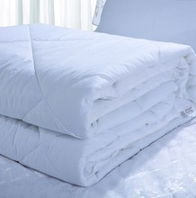 king size hotel quilt and hotel down duvet or hotel duvet with 100% cotton 300tc fabric coverd