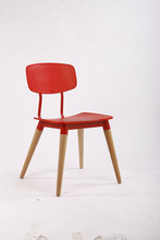 Factory offer hot sell PP modern dining chairs, bright color plastic dining chair with wood legs