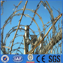razor barbed wire mesh fence/wood fence post/fence panels square tube