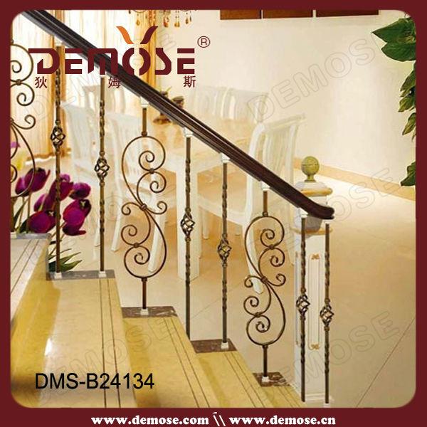 Diseño moderno de peso escalera de barandilla de hierro ...