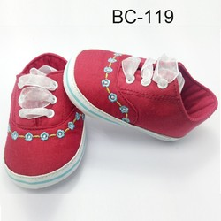 Wholesale manufacturer baby shoes fashion kids shoes for babies