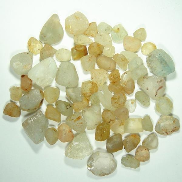 2014 china wholesale natural raw topaz stone price white