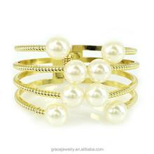 Imitation Pearl Ladies Bracelet Moedels Cheap Bulk Jewelry
