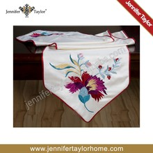 modern poly embroidery table runner from Jennifer Taylor
