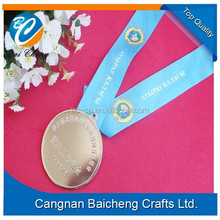 factory price round shaped zinc alloy medal with ribbon and smooth surface supplies top quality and best afterservice for custom