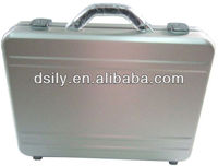 Moulded aluminum laptop attache case ,Shinny silver hard briefcase