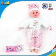 Wholesale soft vinyl handmade doll baby gift set 33'' soft toy