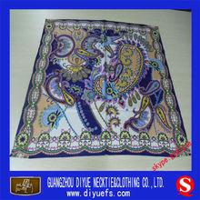hermoso azul bufanda de las niñas