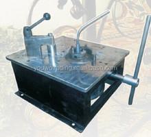 Hand bending machine