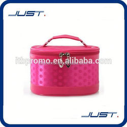 Low MOQ top sale cheap makeup bags and cases
