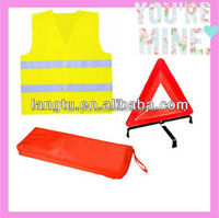reflective safety kits warning triangle and safety vest with pouch