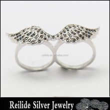 Wholesale Black stone angel wing design silver double finger ring