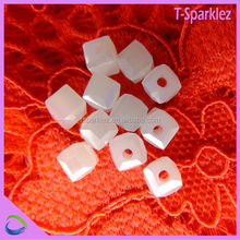 Stylish High Quality Crystal Treasures Glass Beads