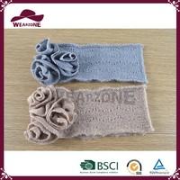 Alibaba hot selling scarf gloves set, gloves beanie set, beanie hat