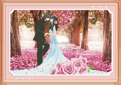 """""""The romance fulled of pink """"New 5D round crystal diy diamond painting"""