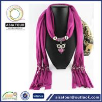 Beautiful design heart ornament pendant scarf