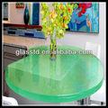 o verde balcão de vidro superior