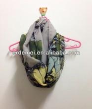 Los jóvenes bufanda tubo/bufanda de la mariposa