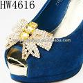 composto por um diamante brilhando bonito ttie forma sapatos clipes