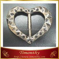 Fashion plastic women heart shape belt buckle