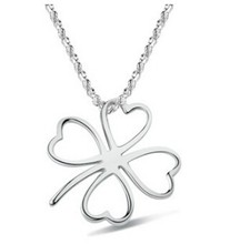 Hollow four leaf clover necklace Fashion Hot Clover Necklace for Women Free Shipping Flower Shaped