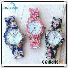 2015 china wholesale stainless steel back geneva flower girl latest hand watch