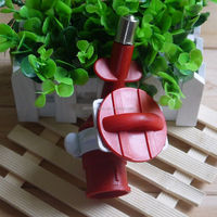 Fine innovative pet products pet feeder tool