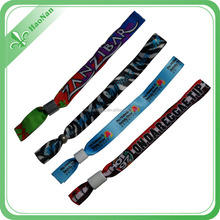 Cheapest new style polyester fabric wristband/basketball wristband
