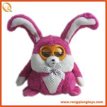 Que funcionan con baterías de conejo de peluche de juguete BC7706001