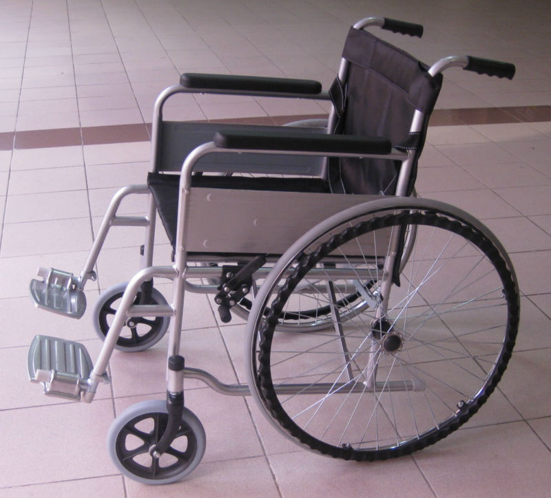 Solid tyre wheelchair p3