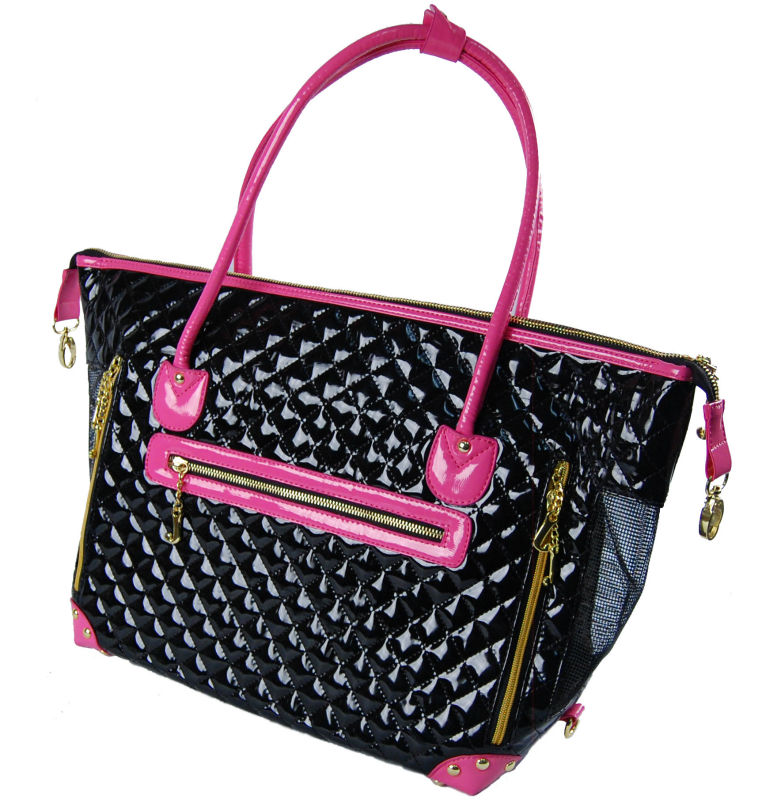 Small Dogs Quilted Bag with Pink Trim Pet Travel Carrier