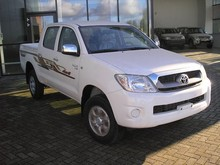 Toyota Hilux double cabin pick-up 4x4, year: 2014, 2,5 diesel,