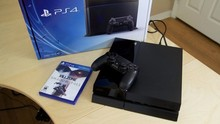 High Quality Free Shipping For Sony Playstation 4 PS4,New,Warranty,Original,10 GAMES & 2 Controllers Skype Allstorelimited009