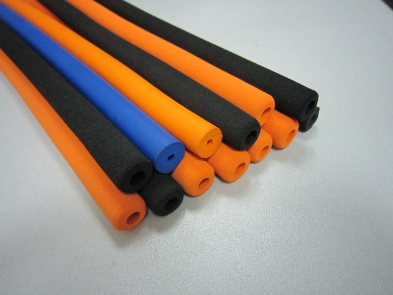 Flexible Insulation NBR Rubber Foam Hose / Pipe / Sleeving / Tubing for Protection