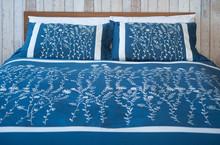 comforter/bed duvets/embroidered indian bedspreads