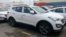 Hyundai Santafe 2.4 A/T Gasoline with Auto Park
