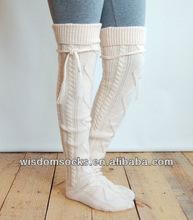 2014 fashion knitting knee high winter christmas boot slouch socks