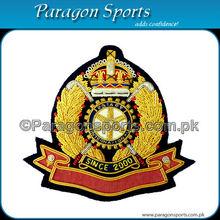Hechos a mano de lingotes bordado de la chaqueta uniforme insignia