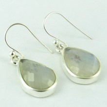 Bring Positive Vibes Rainbow Moonstone 925 Sterling Silver Earring, Wholesale Silver Jewelry, Silver Jewelry Supplier