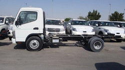 2015 model Mitsubishi Canter 4.2 Diesel, Chassis and Cargo Body