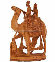 New Arrival 2016 Beautiful hot sell hand carved home/hotel/restaurent decorative Love story of Rajasthan wooden statue/sculpture