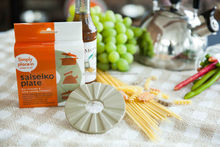 Eco-friendly ceramic kitchen ware made in Japan for health food