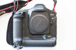 For New Canon EOS 5D Mark II 21.1MP Full Frame CMOS Digital SLR Camera with EF 24-105mm f 4 L IS USM Lens